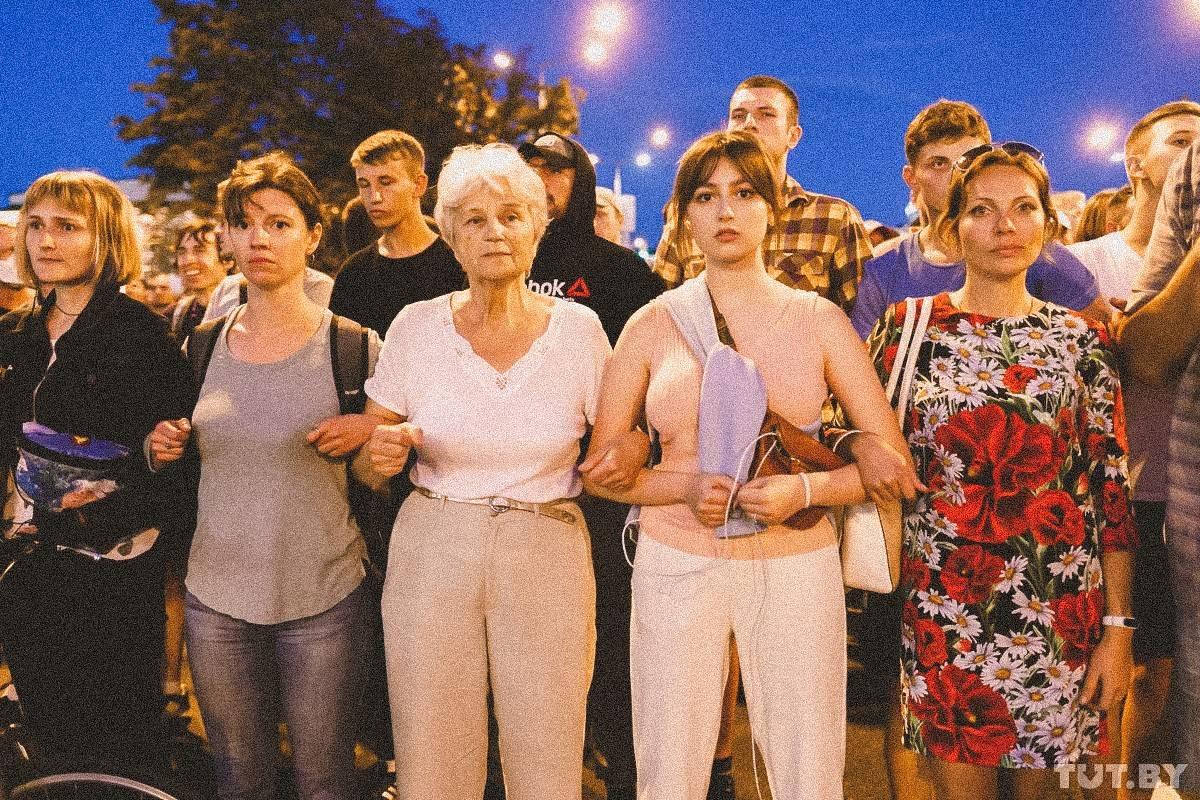 Minsk klaar voor nieuwe protestavond: 'We steunen Tichanovskaja en gaan door'